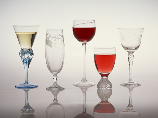 飲み会で注意すべきドリンクはコレ!糖質の多いお酒とは?