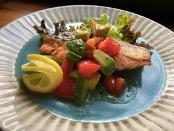 (レシピ)鮭のソテー~トマトとアボガドのマリネ添え~