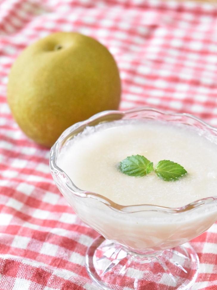 (発酵食研究会)-レシピ-甘酒と梨の爽やかスムージー